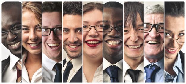 عکس کولاژ مردم در حال لبخند